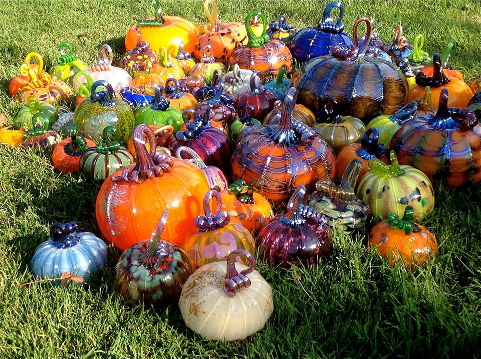 grass-pumpkins
